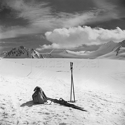 Skitour auf den Gurglerferner in den Ötztaler Alpen. Fotografie um 1930