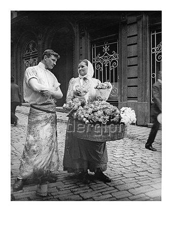 Emil Mayer: Blumenfrau und Aufhackknecht. Um 1910.