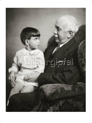 Franz Xaver Setzer: Richard Strauss mit seinem Enkel. 1929
