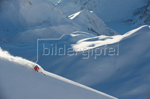 Michael Reusse: Alpen, Österreich. Arlberg, Ski