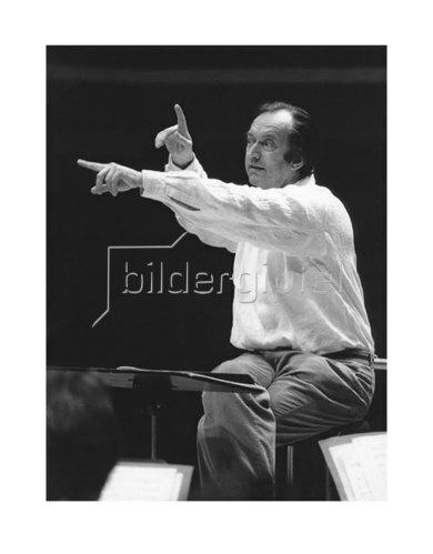 Werner Neumeister: Nikolaus Harnoncourt in München, Philharmonie 1987