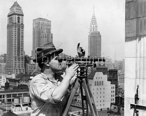Lewis W. Hine: Bau von Wolkenkratzern in Manhattan, vermutlich 1930