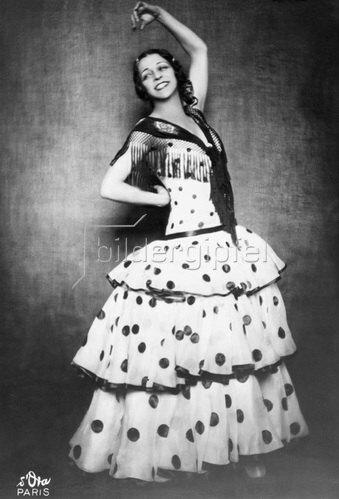 """Madame d' Ora: Flamenco Tänzerin 'La Argentina' in dem Tanz """"Die Zigeunerin"""", 1928"""