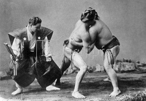 Gebrüder Haeckel: Japan - Sumo Ringkämpfer. Um 1910