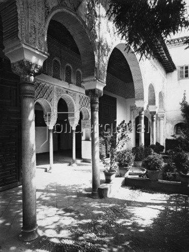 Gebrüder Haeckel: Andalusien, Granada: Landsitz Palacio de Generalife, Alhambra,  um 1910