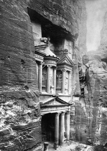 Gebrüder Haeckel: Jordanien: Felsenstadt Petra: das Schatzhaus Khazne al-Firaun, um 1910
