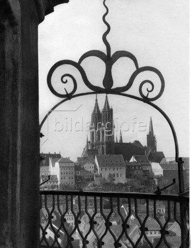 Meissen: Blick von der Albrechtsburg auf den Dom- Berliner Morgenpost 1931