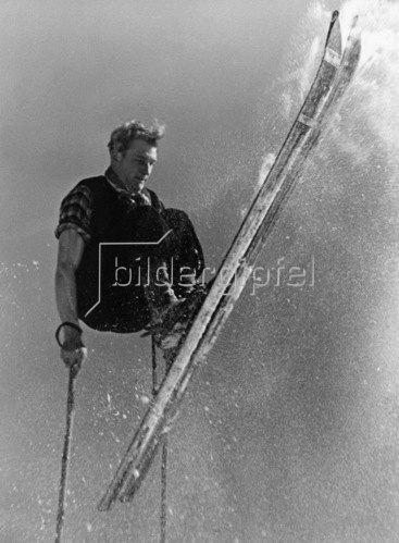 Wintersport: Ski-Sprung, um 1930