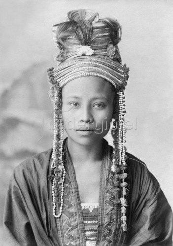 Gebrüder Haeckel: Thailand - Frau, aus einem Bergvolk von Siam, um 1910