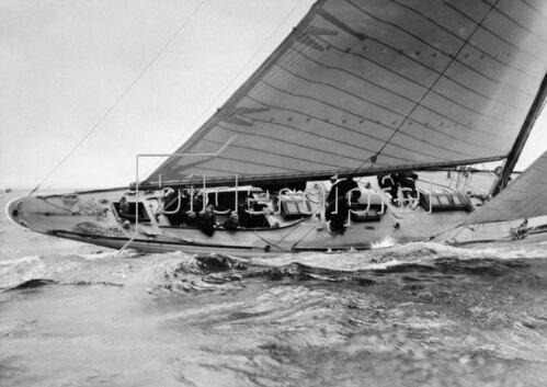 Yacht während einer Regatta