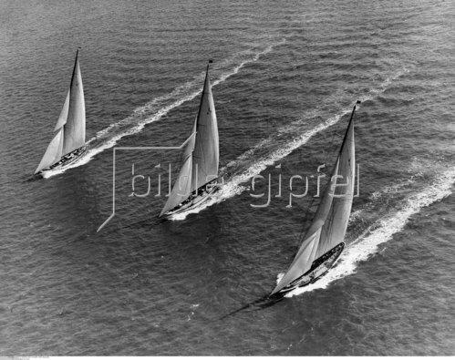 Regatta von Cowes, Yacht Britannia, 1933