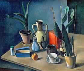 Alexander Kanoldt: Großes Stilleben mit Krügen und roter Teedose
