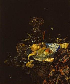 Willem Kalf: Gefässe und Früchte mit Delfter Schale