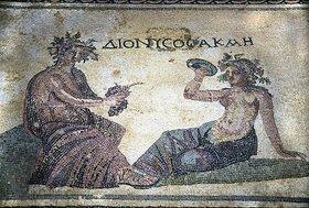 Griechisch: Dionysos in Gesellschaft. Um 200 n.Chr
