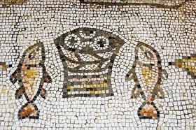 Unbekannter Künstler: Die wunderbare Vermehrung von Brot und Fisch. 480 n. Chr