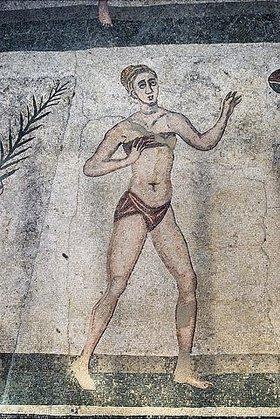 Unbekannter Künstler: Mädchen im Bikini. Mosaikfußboden
