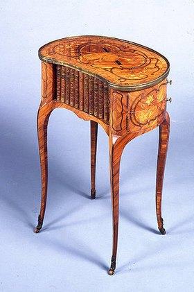 Kleiner Tisch (petite table)