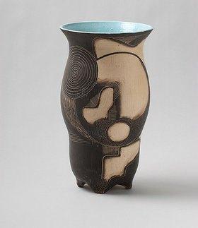 Bernhard Hoetger: Vase (Werkstatt zu den 7-Faulen, Bremen)
