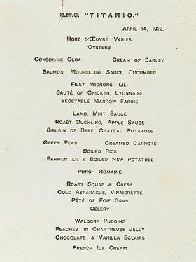 Eine Speisekarte der Ersten Klasse aus dem Café Parisien der RMS Titanic. 14. April
