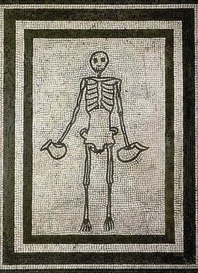 Mosaik aus Pompeji: Ein Skelett mit zwei Vasen (Askoi). 3. Jh. v. Chr