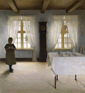 Peter Ilsted: Interieur mit einem Mädchen, das den Teetisch deckt