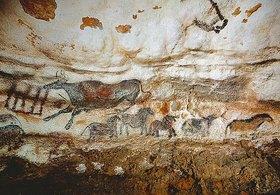 Unbekannter Künstler: Höhle von Lascaux. Rechte Wand des axialen Divertikels: Kleine Pferde und Rind. Ca. 17.000 v. Chr