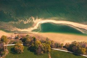 Günter Kozeny: Starnberger See, Blütenstaub am Seeufer