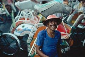 Günter Kozeny: Indonensien; Yogyakarta; Rikschafahrer