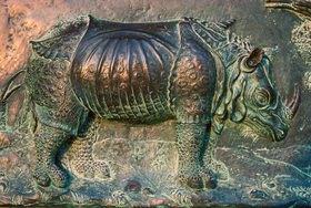 Günter Kozeny: Rhinozeros; Bronzerelief am Dom zu Pisa