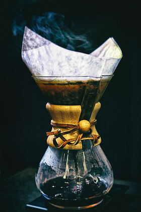 Horst A. Friedrichs: A simple and elegant way to brew filter coffee