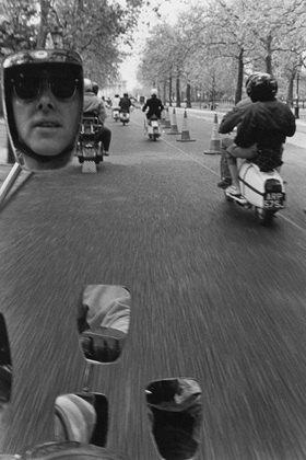 Horst A. Friedrichs: 21st century Mods, Buckingham Palace scooter run, London