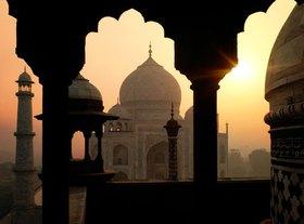 Blick auf das Taj Mahal, Agra, Uttar Pradesh, Indien
