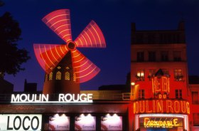 Moulin Rouge am Montmartre, Paris, Ile de France, Frankreich