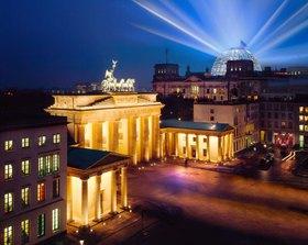 Brandenburger Tor und Reichstag, Berlin, Deutschland