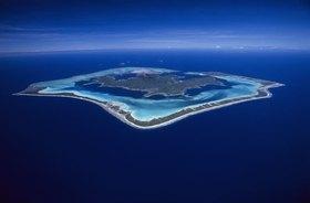 Blick auf die Insel Bora Bora, Französisch Polynesien, Südsee