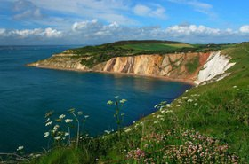 Steilufer an der Westküste, Isle of Wight, Südengland, Grossbritannien