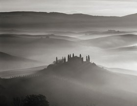 Typical countryside, Val d'Orcia, Provinz Siena, Toskana, Italien