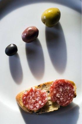 Olive bread with Salamino alla Cacciatora, Italien