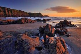 Ynis Barri, Traeth Llyfn Beach, Porthgain, Pembrokeshire, Gro?britannien, Pembrokeshire Coast National Park, Wales, Vereinigtes K?nigreich