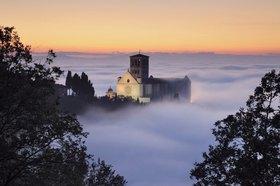 View of the Basilika San Francesco, Assisi, Provinz Perugia, Umbrien, Italien