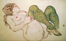 Egon Schiele: Akt mit grünen Strümpfen. Gouache and black crayon. 1918. 29,2 x 45,8 cm