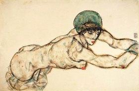 Egon Schiele: Nach rechts liegender Frauenakt mit grüner Haube