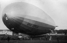 Das Zeppelin Luftschiff LZ 127. Photographie