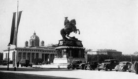 Heldenplatz mit dem Prinz Eugen Denkmal. Wien. Österreich. Photographie