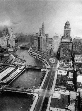 Blick auf den Chicago River. Photographie