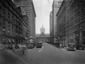 Beginn der Park Avenue in New York. Photographie
