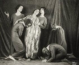 Madame d' Ora: Mary Wigman und ihre Tanzgruppe. Wien