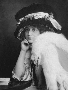 Madame d' Ora: Die Schauspielerin Elsa Galafrés
