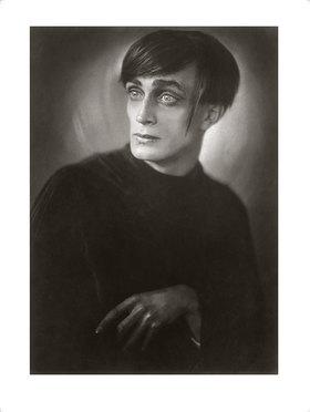 "Franz Xaver Setzer: Conrad Veidt als Cesare in dem Film ""Das Cabinet des Dr. Caligari"""