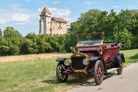 Straker Squire, Baujahr 1910, 4-Zylinder Reihenmotor, Hubraum 2850 ccm, 3 Vorwärtsgänge ca. 25 PS